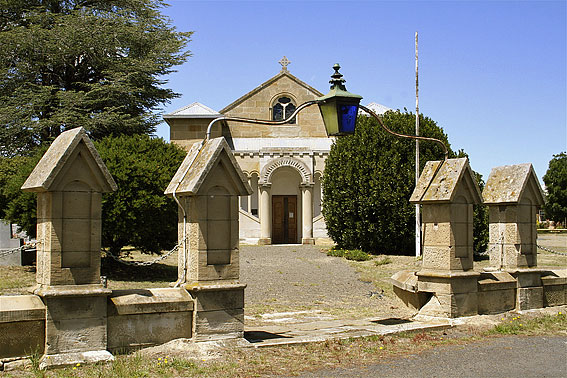 St Mark's Anglican Church, Pontville : exterior [photograph by Trevor Bunning (2009)]